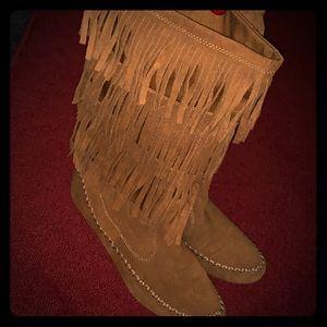 Lauren Conrad Mid Calf Moccasin Boots Size 38/8